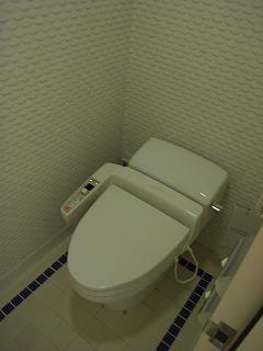 アンバサダーホテル・トイレ.jpg