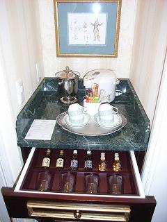 ディズニーランドホテル2009・ミニバー