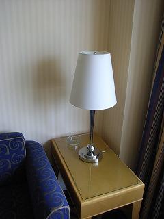 アンバサダーホテル・電気スタンド.jpg