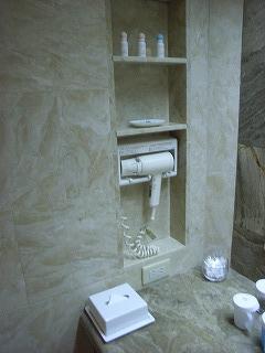ホテルオークラ東京ベイ200808洗面台左