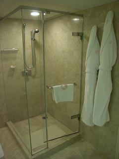 ホテルオークラ東京ベイ200808シャワーブース
