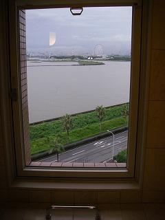 ベイホテル東急・バスルームからの眺望