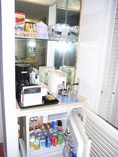 シェラトン・グランデ・トーキョーベイ2009・冷蔵庫&ミニバー