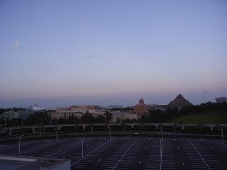 シェラトン・グランデ・トーキョーベイ2009・眺望夕方2