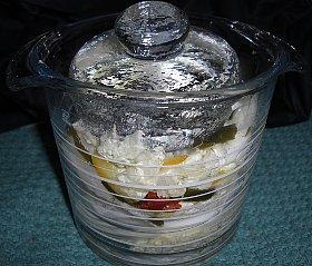 ガラスの卓上漬物容器