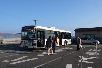バスで清水駅へ