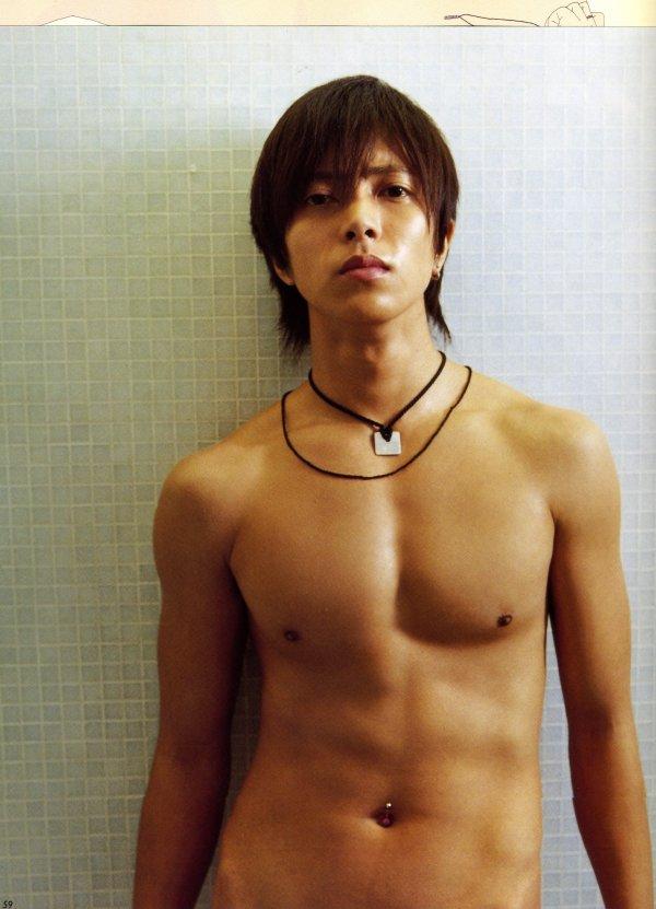 Oguri Shun Shirtless 山P♪ 写真�...