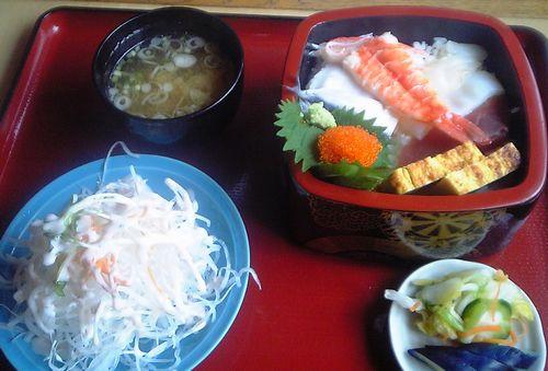 ヨシミ-海鮮丼