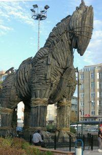 Trojan_horse_Canakkale.jpg