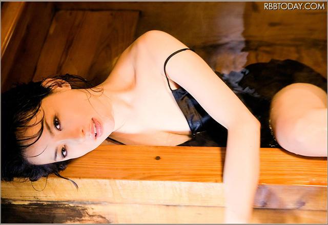 鈴木砂羽の画像 p1_28
