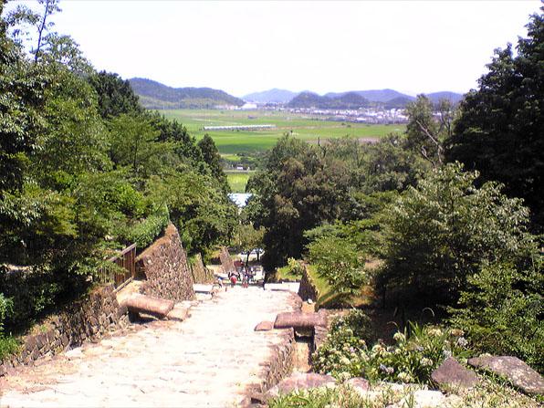 安土城〜大手道からの眺望