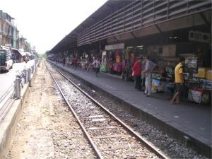 ウォンウィエンヤイ駅