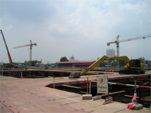 バンコクノーイ駅跡地の建設現場