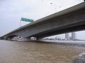 ラマ5世橋