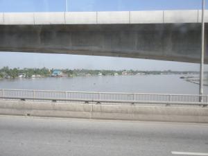 プラナンクラオ橋から眺めたチャオプラヤー川