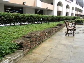 前宮の壁跡