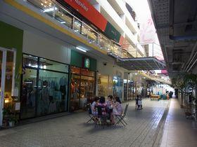 ボンマルシェ市場