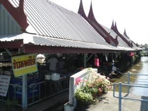 カーオモック・ガイの食堂