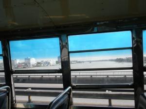 バス車窓から見たチャオプラヤー川