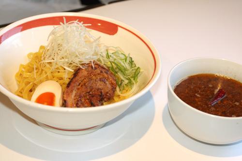 アンチョビカレーつけ麺