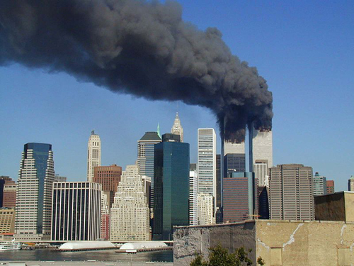 800px-WTC_smoking_on_9-11.jpg