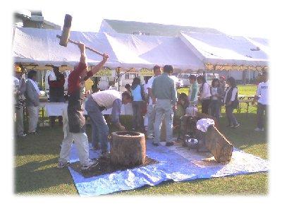 秋祭り餅つき2006