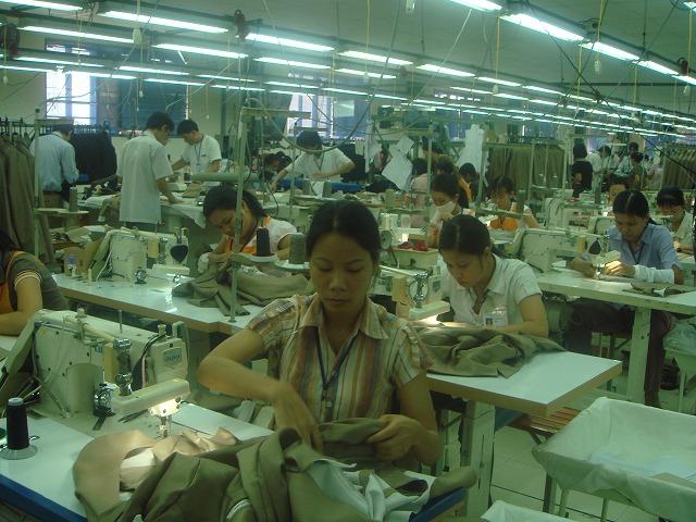 10.13縫製靴下工場 (63).jpg