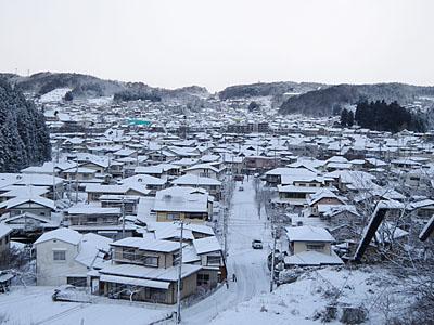 町の冬景色