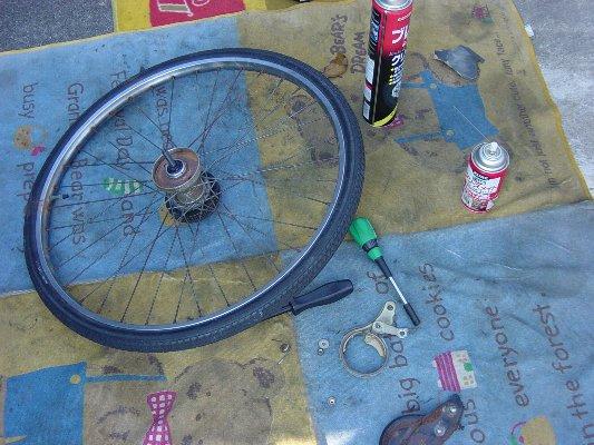 自転車の ブレーキシュー グリス 自転車 : 内拡張式のブレーキなんですが ...