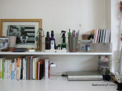 無印良品のアクリルケースで自作した デスク棚 収納 | 自分時間 文具と本と街歩き〜ステーショナリーファインダー - 楽天ブログ