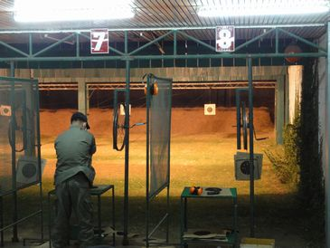短銃の射撃場