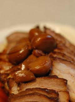 ニンニク煮豚
