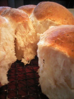 ベーコン混ぜ込みパン・焼き上がり2