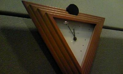 スタジオの時計.jpg