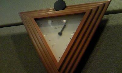 スタジオの時計です.jpg