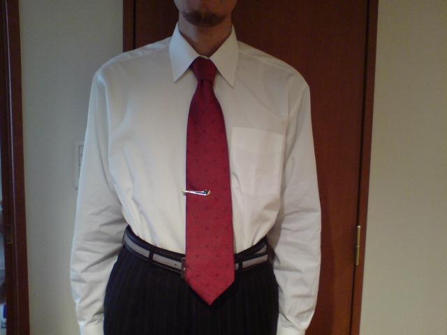 結婚式のネクタイ・スーツ・タイピン・ベルト・ワイシャツ