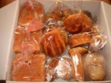 このえパン 福袋2006円+ラスク+プチチョコ+プチクロワッサン