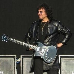 トニー・アイオミ : あのギタリ...