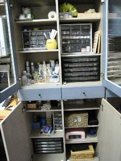 これから少しずつ必要な引き出し収納も用意して、 整理整頓、使いやすくしていくつもりデス ちょき