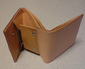 お財布拝見!無印良品の財布を使っている方々まとめ・ヌメ革の財布・おしゃれ
