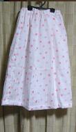 ピンク色の玉模様スカート1