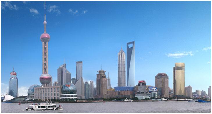 上海の超高層ビル群はすごい。ニョキニョキとところかまわず群生(?)してい... 今日も明日もチェ