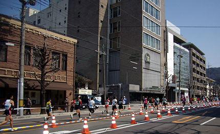 京都マラソン 41Km地点 京都ハンディクラフトセンター前