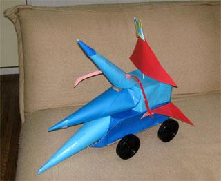 学校の図工で作った風で走る自動車 20080527