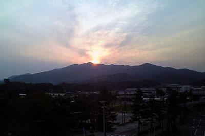 安濃中央公園からみた経ケ峰  20080327