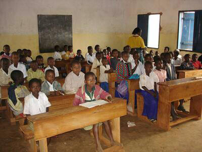 アフリカ学校.jpg