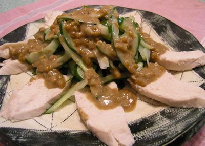 ゆで鶏の味噌ゴマドレッシング