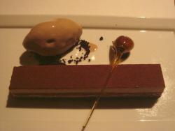 12 GT デザート チョコレートケーキ.jpg