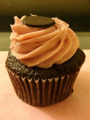24 cupcake.jpg