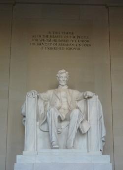 831 リンカーン記念館1.jpg